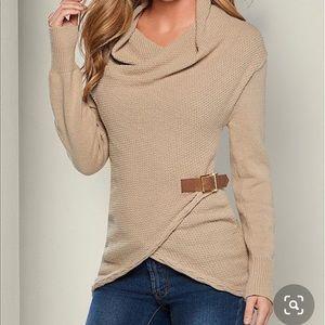 Venus Side Buckle Detail Sweater!
